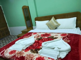 Kayan Golden Sky Motel