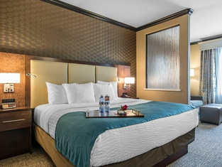 The Heritage Inn & Suites, Ascend Hotel Collection