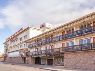 โรงแรมรามาดา บายวินด์แฮม เอลโก ที่สต็อคแมนส์คาสิโน