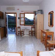 Oasis Rooms & Studios in Galissas