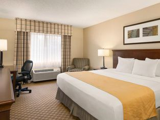 Country Inn & Suites By Radisson, Owatonna, Mn
