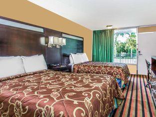 Days Inn by Wyndham Fort Lauderdale Airport Cruise Port