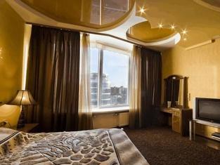 Seven Eleven Apartment Hotel in Most City