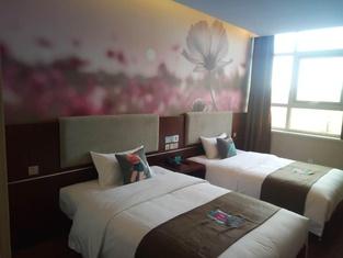Pai Hotel Tangshan Gangyao Road Hebei Bridge