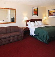 Quality Inn & Suites Wichita Falls I-44