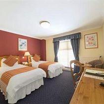 Hotel Abberley Court