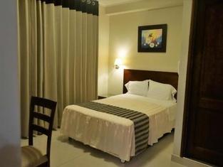 Hotel Plaza Del Bosque Inn