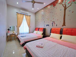 Бунгало в Центр Малакки— 1090 кв.м., спальни: 3, собственных ванных: 2