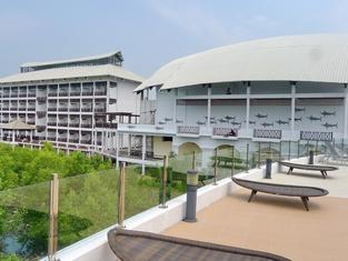 Pearl Laguna Resort