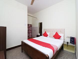 OYO 18508 Hotel Shreya