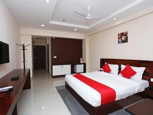 Capital O 18826 Hotel Emerald