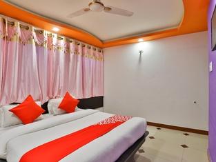 OYO 24921 Hotel Shree