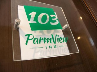ParmView Inn
