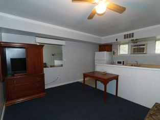 University Motel and Suites