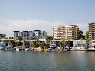 Cullen Bay Resorts Darwin