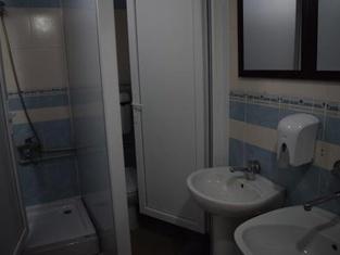 Hostel Mickitos