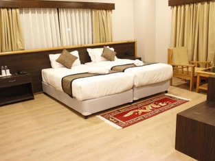 Hotel Ratna Vara
