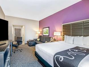 La Quinta Inn & Suites by Wyndham Kearney