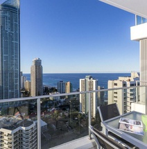 Artique Surfers Paradise - Official
