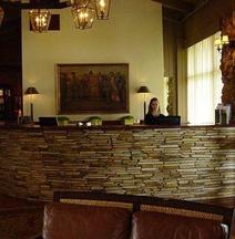 阿诺德帕尔默贝希尔俱乐部&小屋酒店