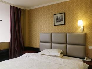 Fuyang Tianhong Hotel