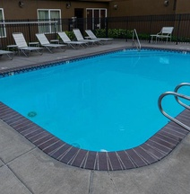 Fairfield Inn Suites Portland Airport