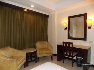 MO2 Westown Hotel Mandalagan Bacolod