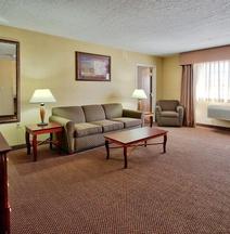Holiday Inn & Suites Albuquerque Airport