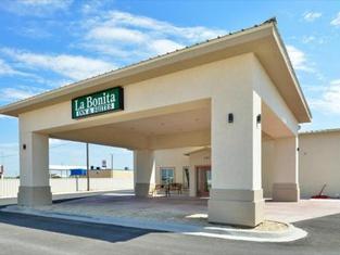 La Bonita Inn & Suites - Crane
