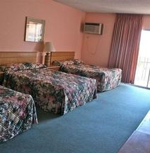 Lax皇家世紀酒店