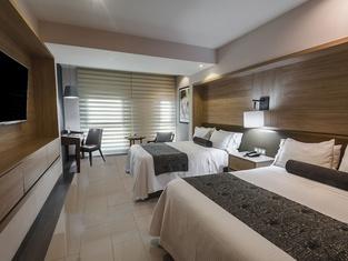 ホテル レアル マエストランサ
