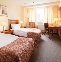 SunFlower Park Hotel
