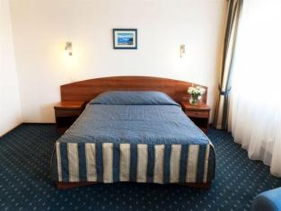 Maxima Slavia Hotel