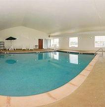 Sleep Inn & Suites Pleasant Hill - Des Moines
