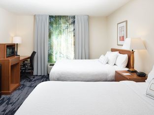 Fairfield Inn and Suites by Marriott South Boston