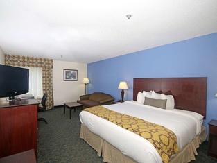 Baymont Inn & Suites Winston Salem