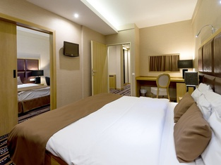 アクアティコム デブレツェン テルマル & ウェルネス ホテル