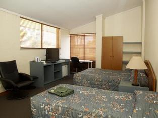 โรงแรมซีซันส์ นิวแมน