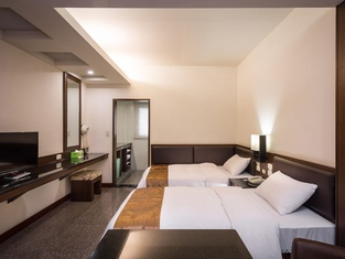 Twinstar Hotel