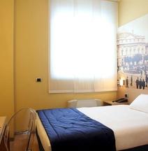 ホテル ラ スペツィア