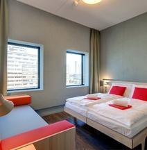 阿姆斯特丹市西部梅寧閣酒店