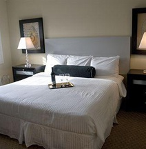 Solé Inn and Suites