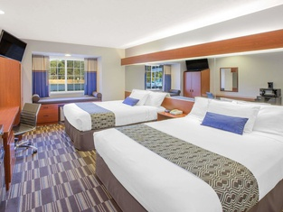 Microtel Inn and Suites Manistee