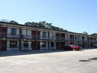 Budget Motel & Efficiencies
