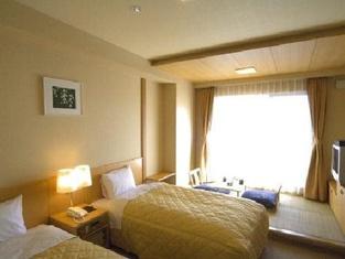 Hotel Ayase