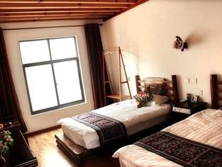 Ancient Shimuyu Inn