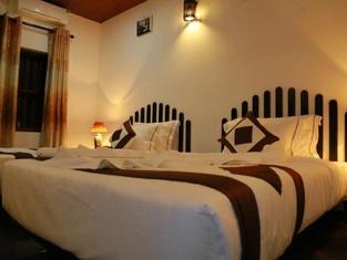 Green Mo Holiday Inn