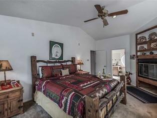 DreamCatcher - Two Bedroom Cabin