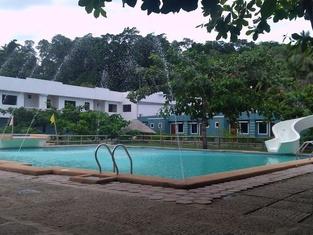 Malajog Leisure Park Resort Hotel