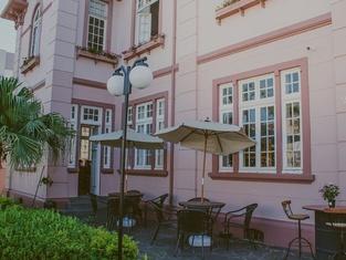 Vila Santa Eulalia Hostel